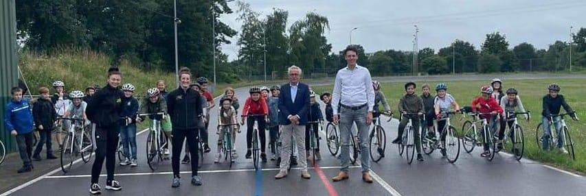Van Stiphout en Van Katwijk starten wielerclinics